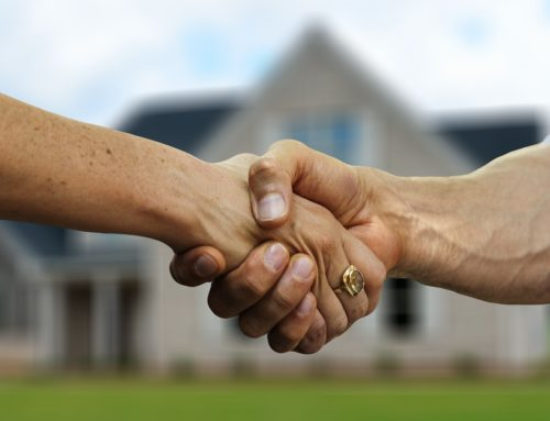 Ki hozza és ki fizeti az ügyvédet ingatlan vásárláskor?