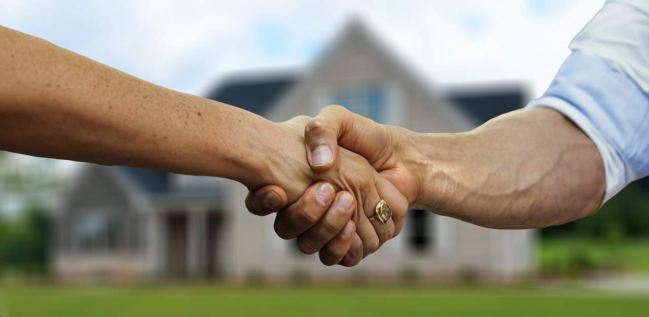 Ügyvéd szerepe ingatlan adásvételkor
