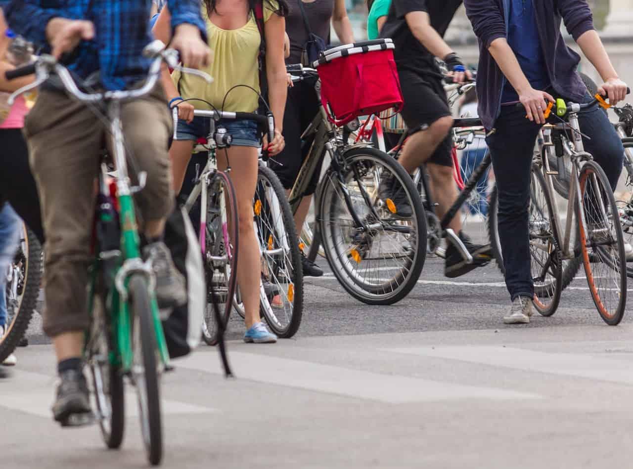 KRESZ szabályok kerékpárosok részére