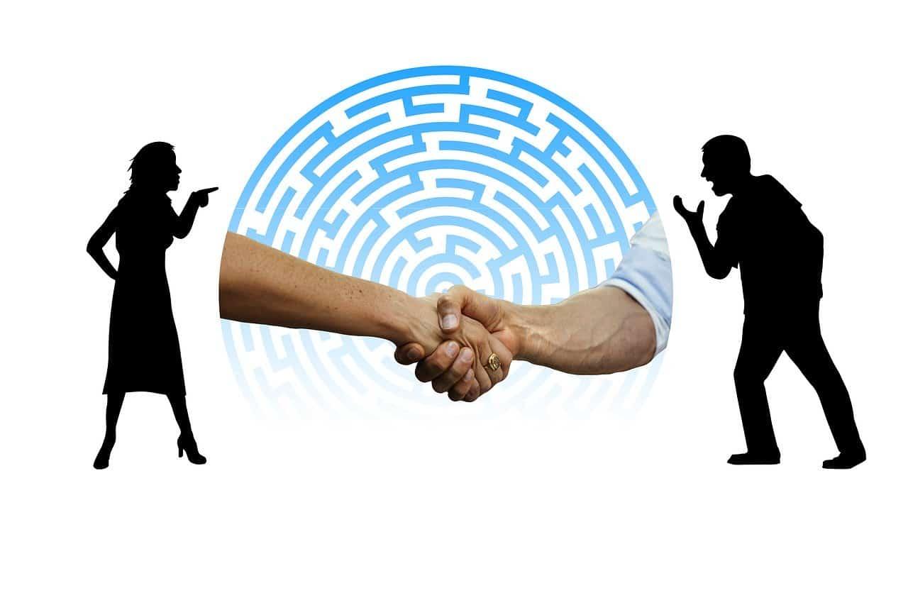 online vitarendezés - Érthető Jog