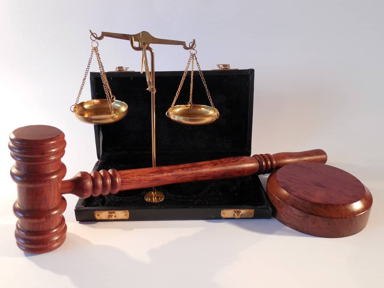 Mikor lehetséges a bírósági szerződésmódosítás? - Érthető Jog